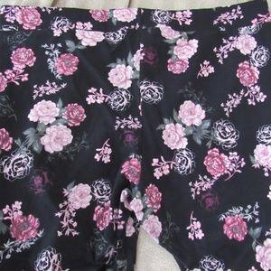 Torrid size 4 flower print leggings